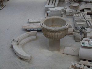 Pila de piedra en el taller